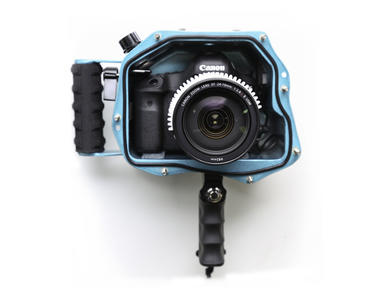 Canon 5D Mark III Housing with 24-70mm f2.8 II Port