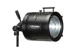 "Profoto Small Fresnel with 6"" lens"